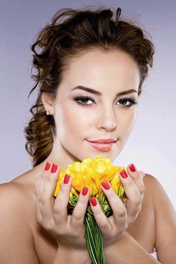 Paola Oliveira Nude Photos 5